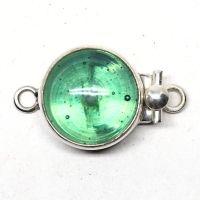 Green swirl button clasp