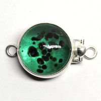 Green dappled clasp