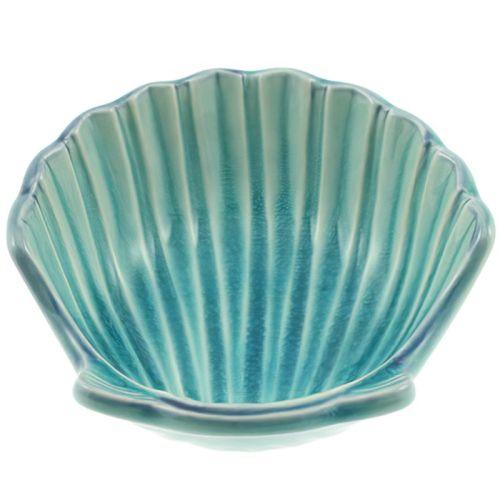 Turquoise scallop dish